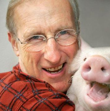 James Cromwell with Pig
