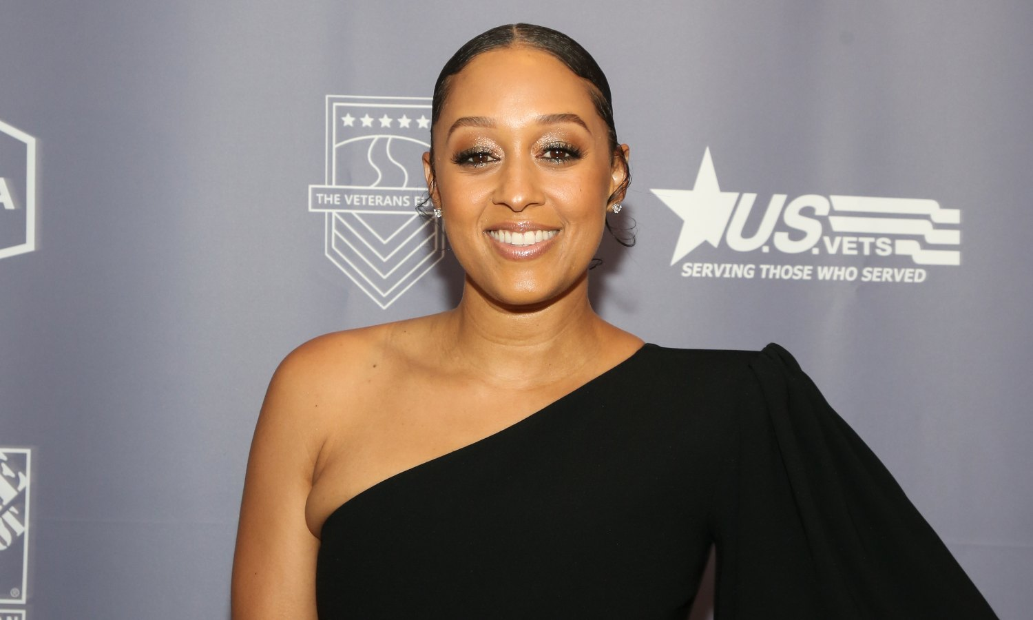Image of Tia Mowry at the 019 U.S. Vets Salute Gala at The Beverly Hilton Hotel