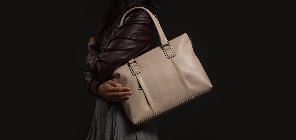 A Guide To The Stylish World Of Vegan Leather - With Doshi