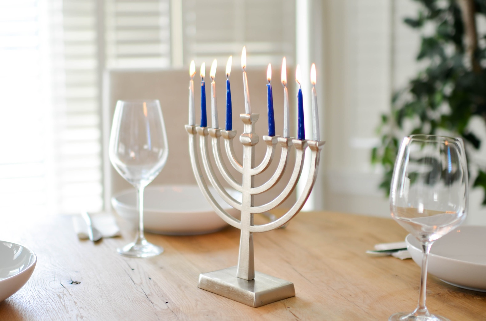 7 Simple Steps for the Ultimate Vegan Hanukkah Celebration