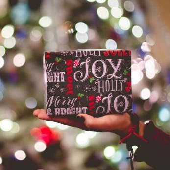 5 Ways to Deal With Getting Non-Vegan Holiday Gifts
