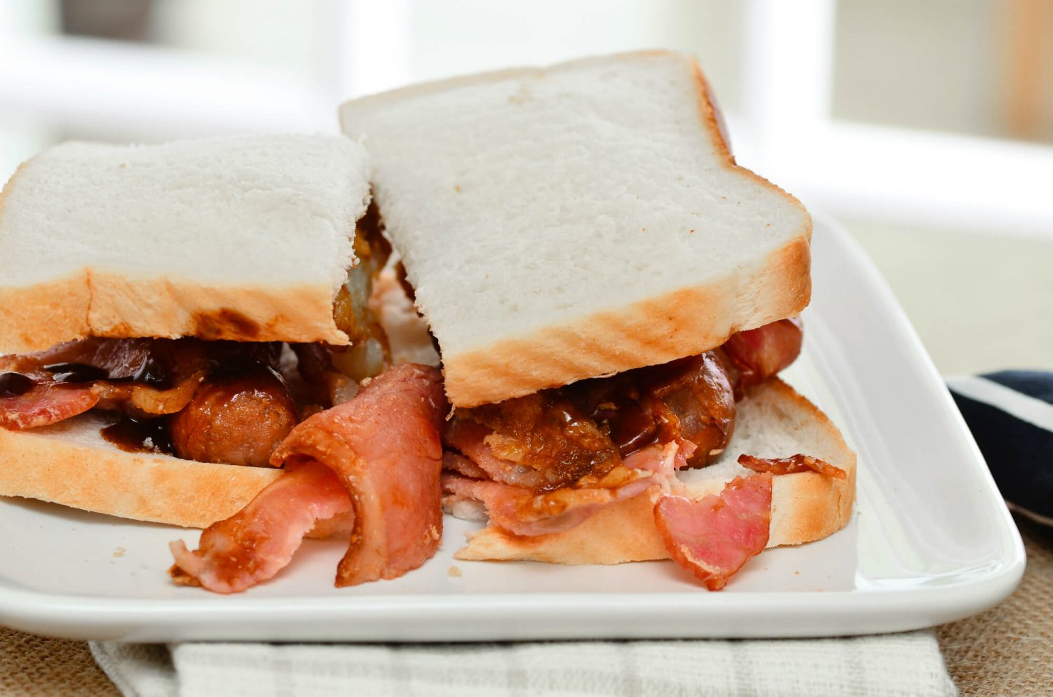 bacon sandwich small (1)