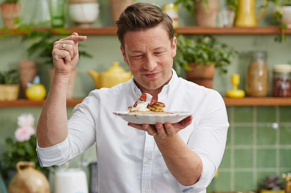 Celebrity Chef Jamie Oliver Tackles Food-Waste With Vegan-Friendly London Pop-Up