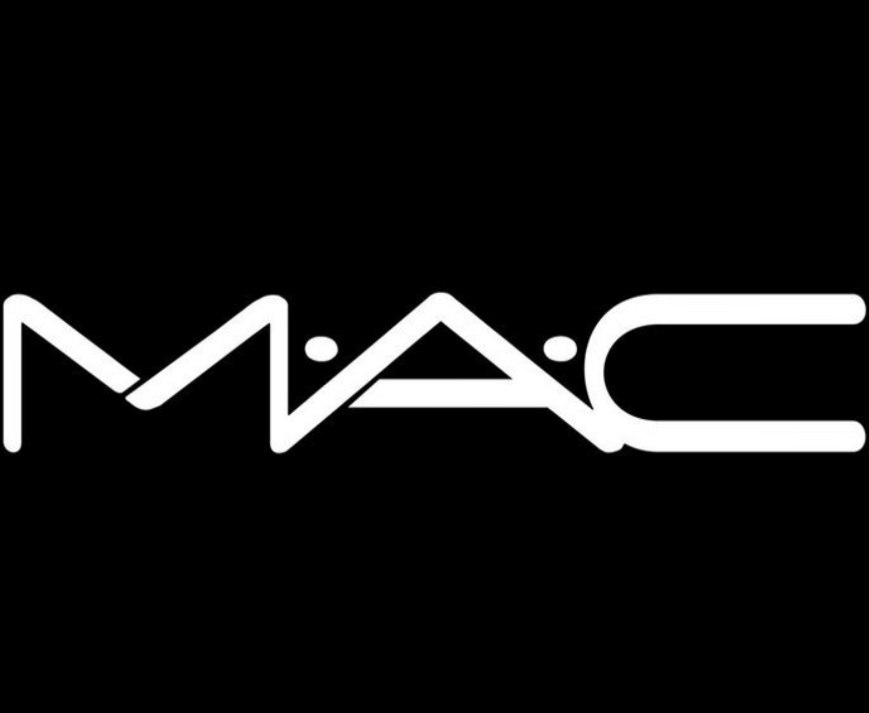 Cosmetics Giant MAC Replaces Animal Hair in Makeup Brushes With Vegan Bristles