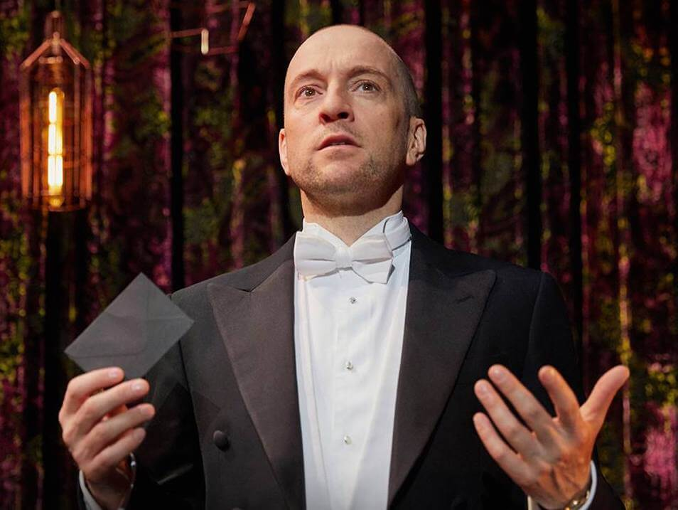 Illusionist Derren Brown Discovers the Magic of Vegan Food
