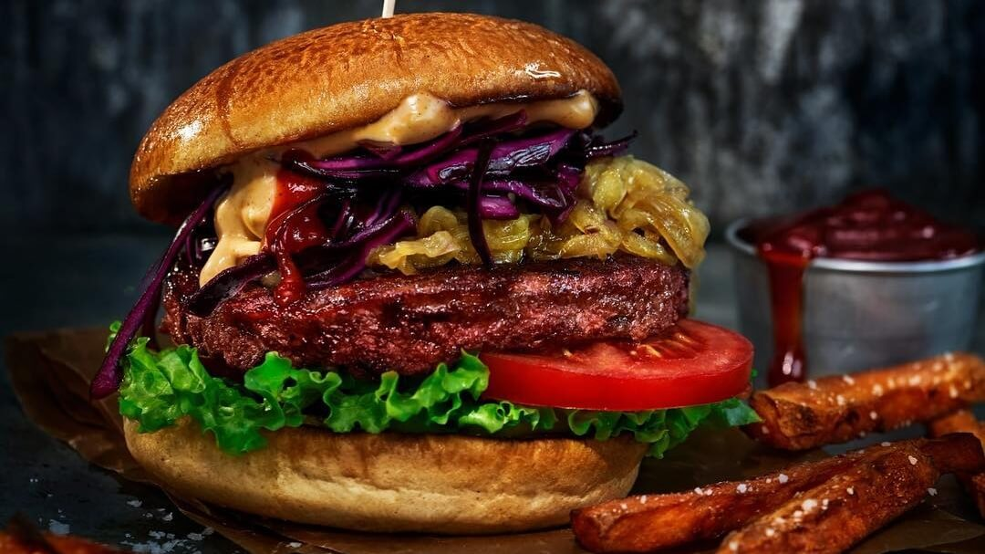 Hilton Hotels Are Serving Up Meaty Vegan Burgers with Oumph!