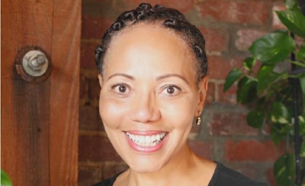 Nina Curtis