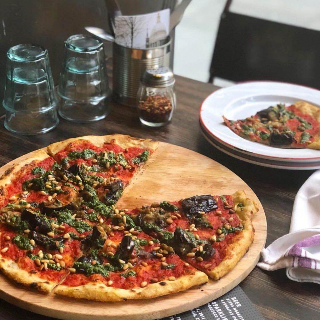 Gordon Ramsay Serves Bottomless Vegan Pizza At New London