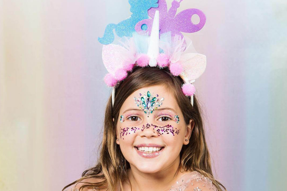 10-Year-Old Female Entrepreneur Founds Vegan and Biodegradable Glitter Brand