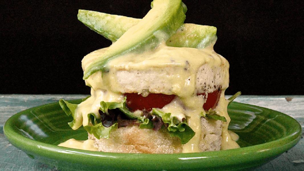 9 Vegan Eggs Benedict Recipes For a Hearty Brunch