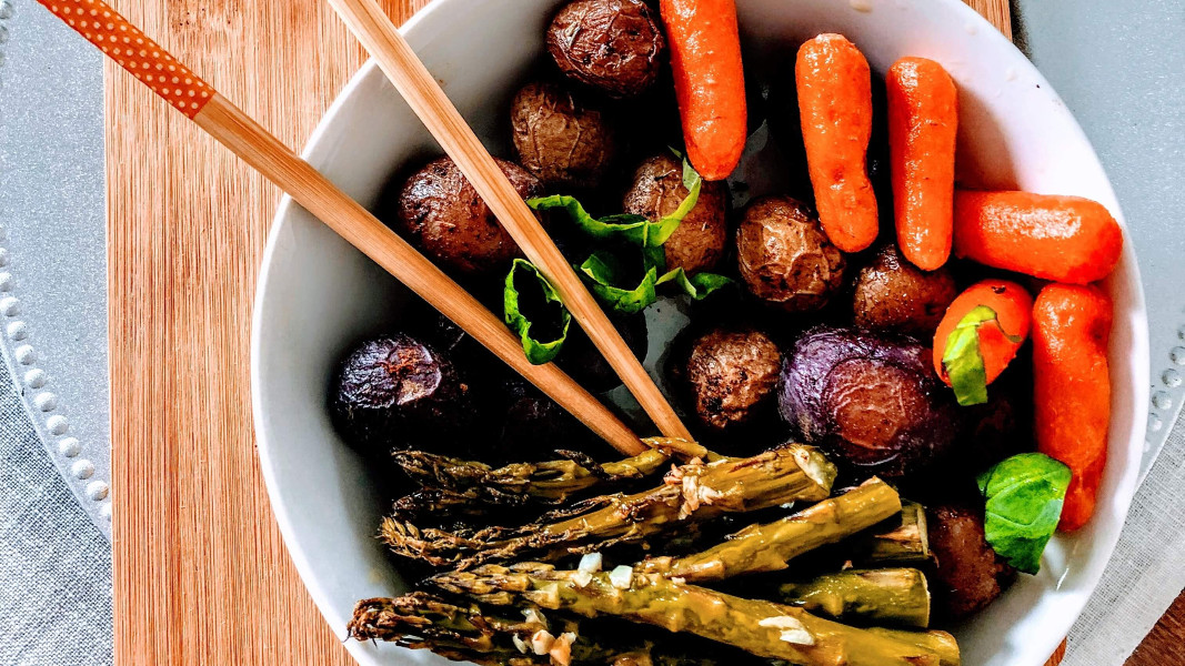 A Plant-Based Diet Helps Prevent Heart Disease Better Than Nutritional Supplements, Study Review Says