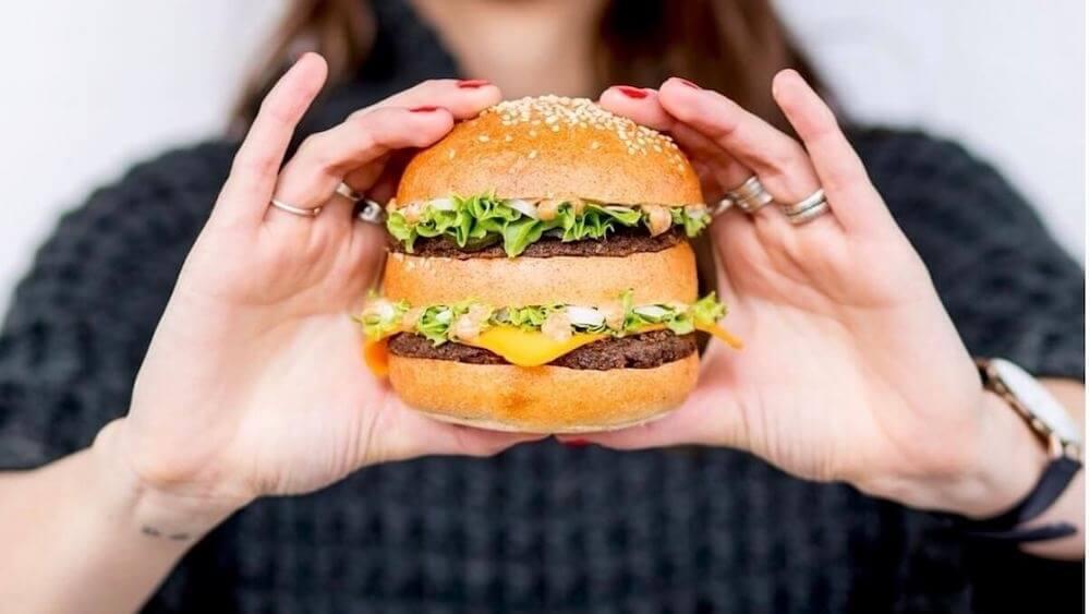 Vegan Beyond Burger Heads to UK With New Beyond Meat Distributor Partner