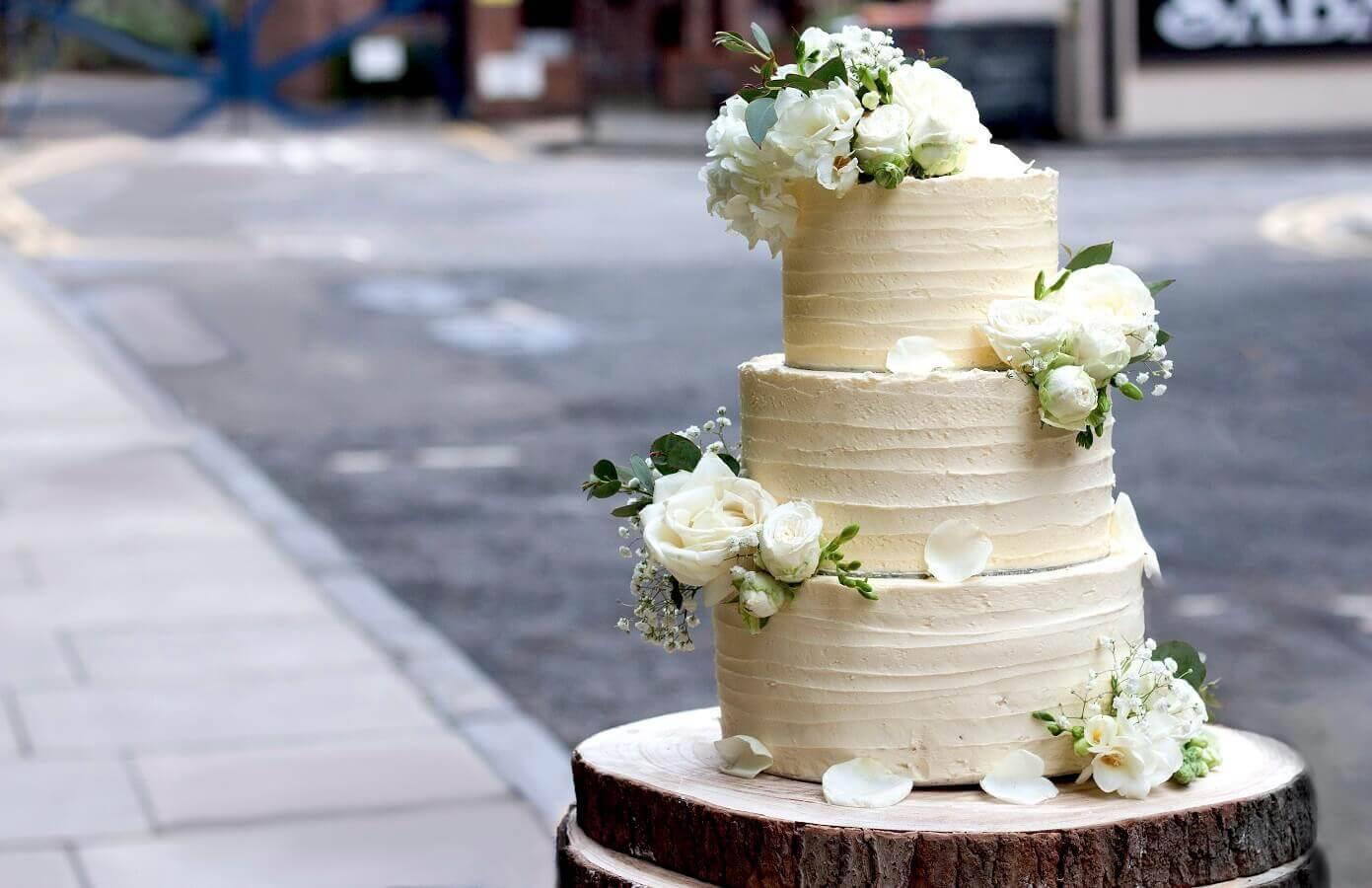 Vegan Bake-Off Winner Creates Vegan Version of the Royal Wedding Cake