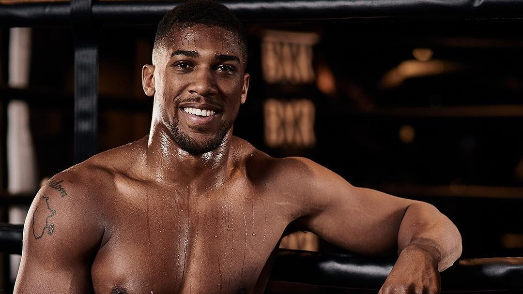 World Heavyweight Champion Boxer Anthony Joshua Eats Vegan Before Competing