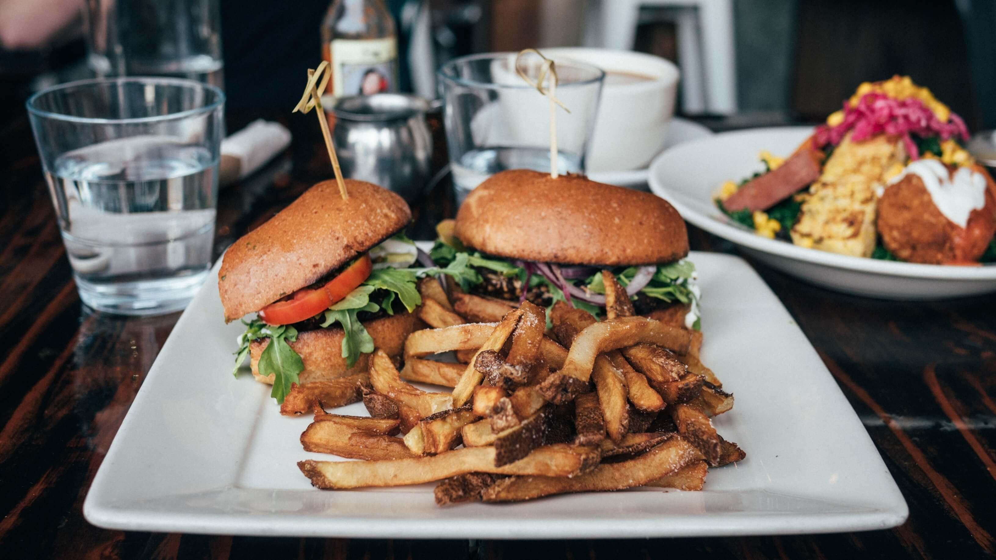 Vegan Burger Restaurant 'Buffalo' Replaces Chicken Shop in Brick Lane, London