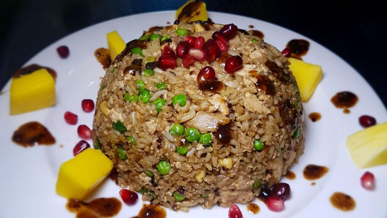 vegan egg and chicken special fried rice