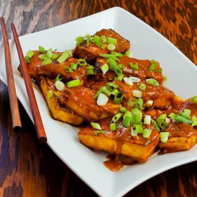 spicy sriracha peanut butter tofu