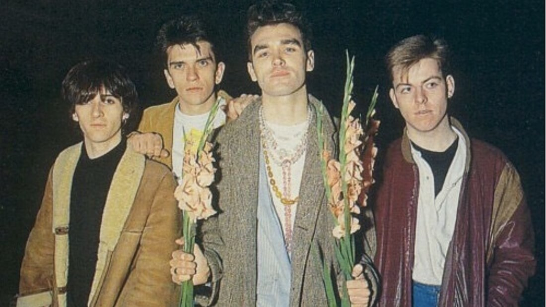 The Smiths Bass Player Transforms Bangor Pub Into a Vegetarian Cafe