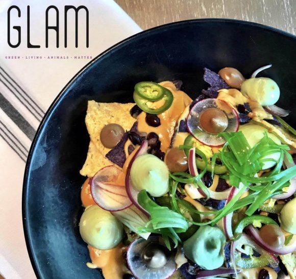 glam vegan nachos