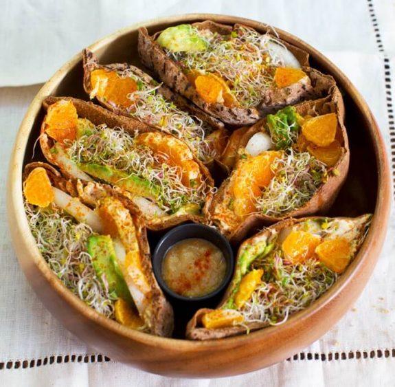 summer pita bowl