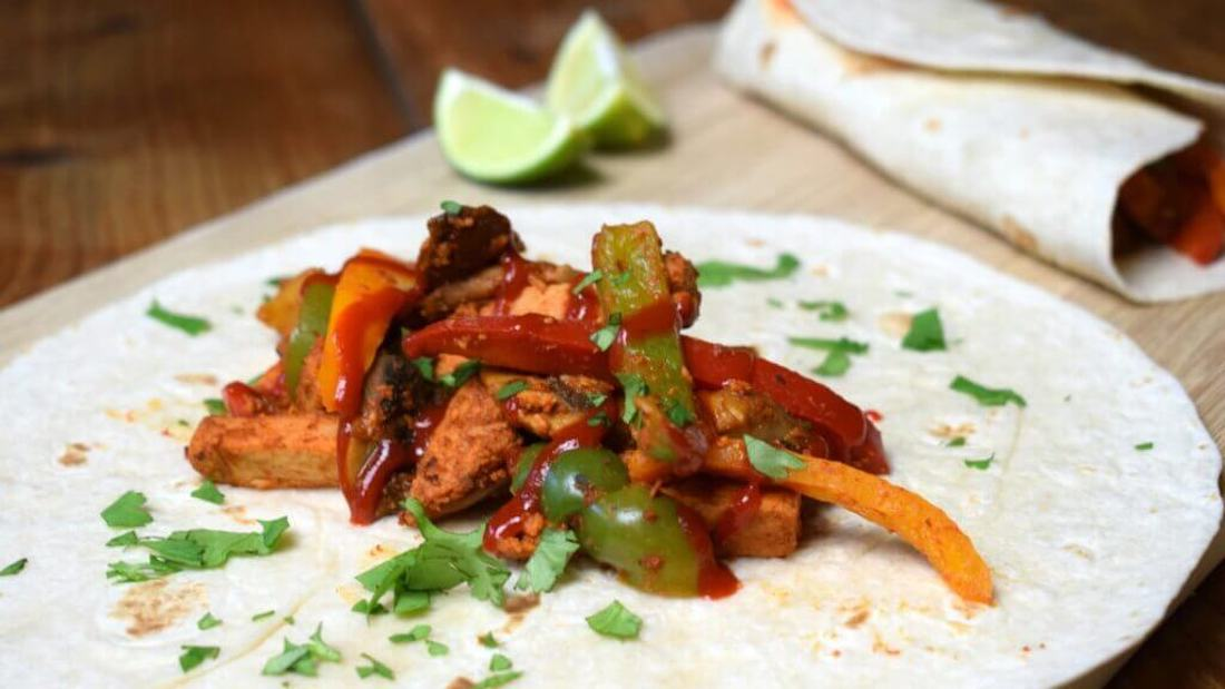 Easy Spicy Vegan Mushroom Sriracha Fajitas Recipe