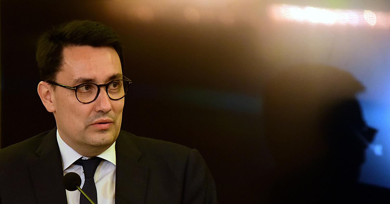 French Ambassador Alexandre Ziegler Wants to Go Vegetarian After Meeting Jainist Monk