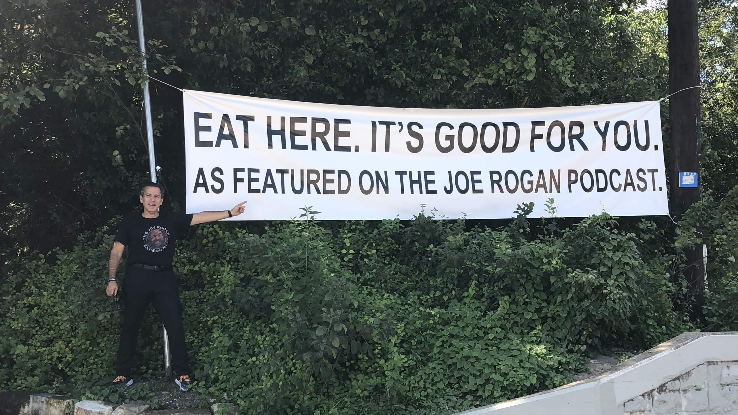 Vegan Cardiologist Joel Kahn's ATX Food Truck Promotes Joe Rogan Podcast Feature