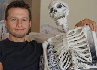Las Vegas Magician Mat Franco and Everyone Else in The World Desperately Want Vegan Cheese Curds