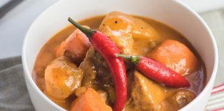 Vegan Peanut Butter and Sweet Potato Satay Curry Recipe