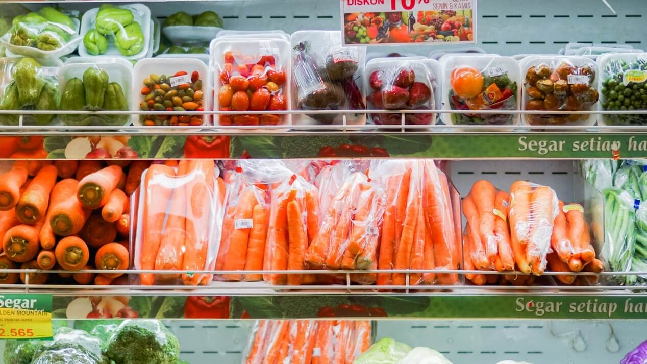 British Supermarket Thornton Budgens Launches 'Plastic-Free Zone' for Sustainably Packaged Products