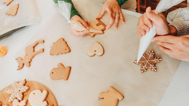 11 Vegan Christmas Cookie Recipes You Can Make for Santa