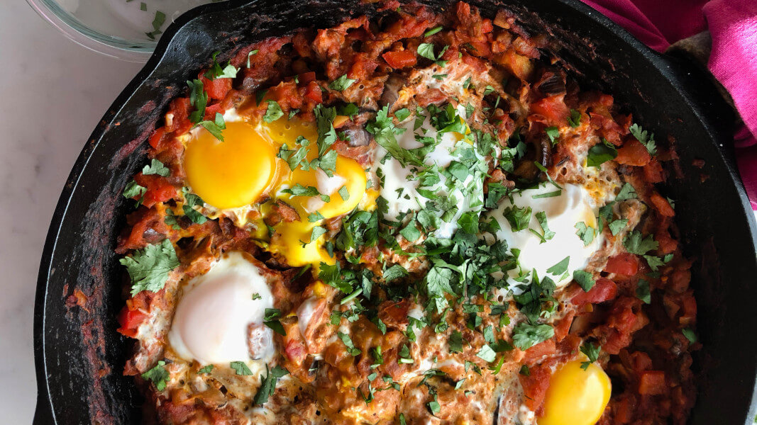 Vegan Egg-Free Shakshuka Is On 'Almost Every Menu' in Tel Aviv, As Israelis Increasingly Opt For Plant-Based