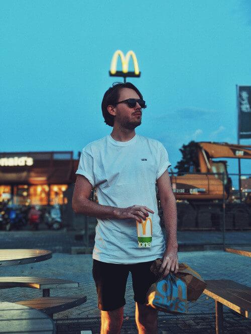 McDonald's Finland Launches Vegan ' El Veggo' Burger in All 65 Restaurants