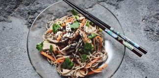 Make This Vegan Singaporean Chow Mein in Under 30 Minutes