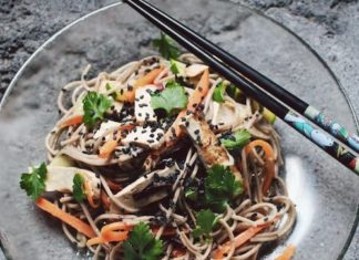 Make This Vegan Singaporean Chow Mein in Under 30 Minutes