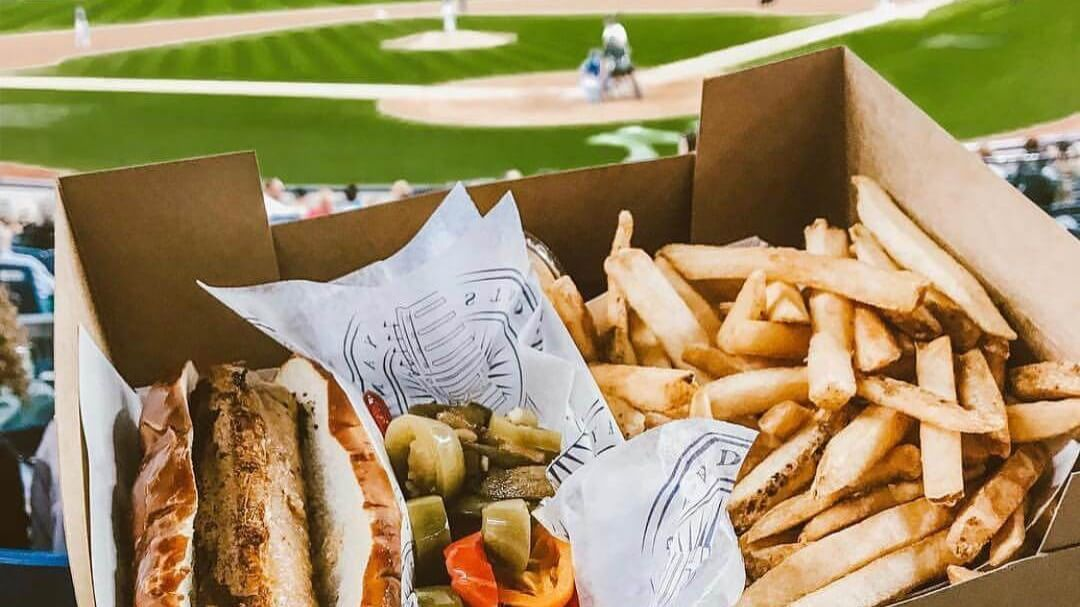 Los Angeles Could Become First U.S. City Require Vegan Food at All Theaters and Sports Venues