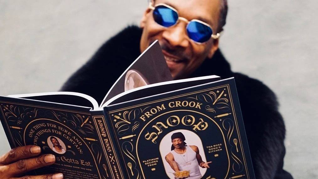 Snoop Dogg's Cookbook From Crook to Cook: Platinum Recipes from Tha Boss Dogg's Kitchen Gets a Vegan Makeover From The Anarchist Kitchen