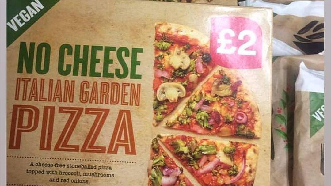Iceland Launches 'No Cheese' Vegan Houmous Pizza