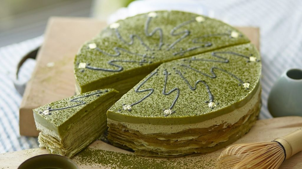 Raw Vegan Coconut Cheesecake With Matcha Green Tea