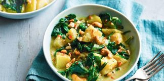 15 Vegan Saag Aloo Curry Recipes to Spice Up Your Dinner