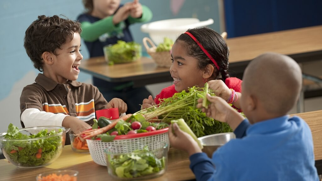 62 New York State School Districts to Take 2 Week Vegan Challenge