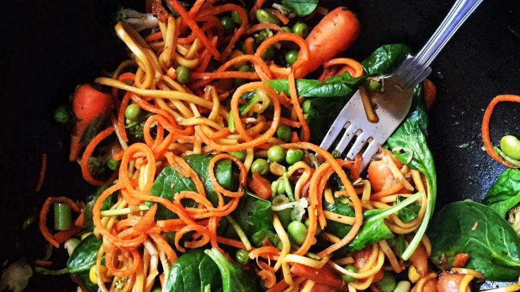 Healthy Vegan Squash Noodles With Peanut Satay Sauce