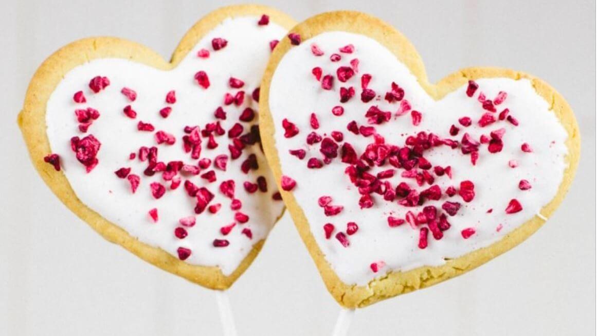 21 Vegan Dessert Recipes to Make Your Valentine's Day Extra Sweet