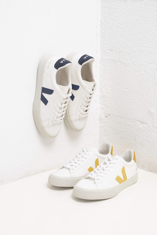 tiburón exposición Novia  Veja's New Vegan Sneakers are Made With Corn Leather