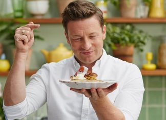Jamie Oliver's New Cookbook Will Help You Break Up With Meat