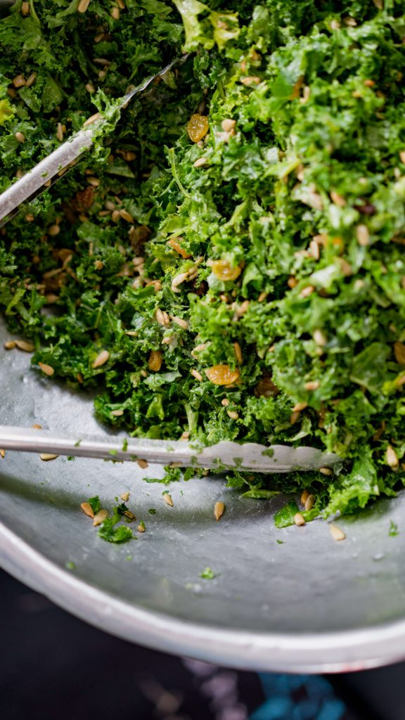Easy Vegan Kale Chips With Cheesy Sauce