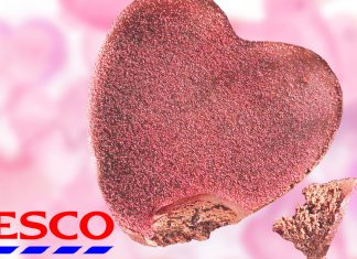 Tesco Made a Heart-Shaped Vegan Brownie Cake and It Has Over 14g Protein