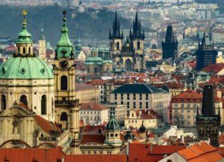 The 9 Best Romantic Vegan Vacations In Europe