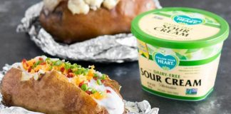 Why These Vegan Sour Cream Dips Are Superior to Dairy