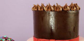 Vegan Coconut Cream Chocolate Ganache for the Perfect Fondant